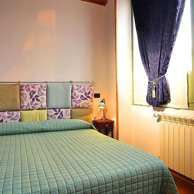 room_2_bed